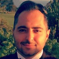 Roozbeh Kavian bio photo
